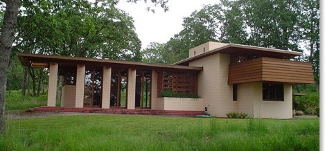 Friday Surprise: What's Wrong with a Wright house?
