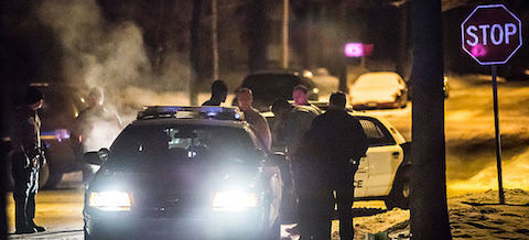 Incident Analysis: family threatened, attacker shot at home in rural Oregon.