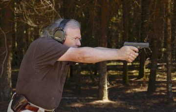 Grant shooting Steyr S9